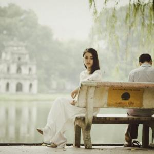 こんな恋人とは付き合うとうつ病になる確率が2倍!?幸福度を上げる恋愛の心理学について解説。