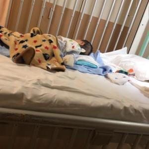 生後三か月で入院することに。化膿性リンパ節炎