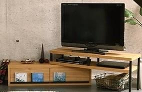 【完成品】回転・伸縮自由自在のテレビ台 リビングがスッキリ!