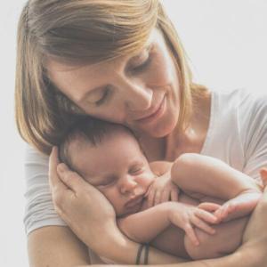 息子は母親に似て娘は父親に似る?医学的根拠を勝手に検証してみた