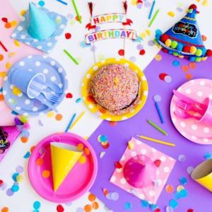 最新情報!無料や割引、誕生日や誕生月特典がうけれるテーマパーク7選