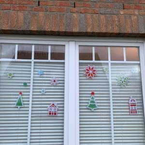 【親子DIY】窓のデコレーション
