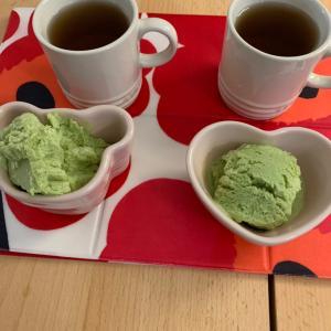 独で抹茶アイスを作りました