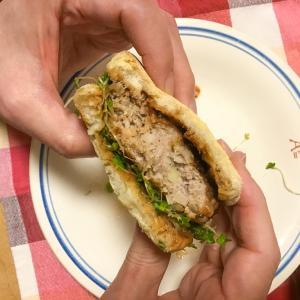 手捏ね肉厚ハンバーガー