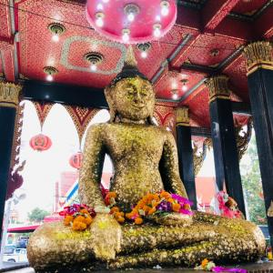【Wat Laksi Rat Samoson/ラクシラットサマソン寺】 王室戴冠式に使う水!