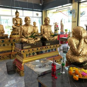 【Wat Kruea Wan/クルアワン寺】ピッター像で1番有名なお寺