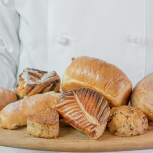 全国の有名パン屋さんのパン定期便「パンスク」がめっちゃきになるー!