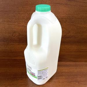 イギリス 牛乳【M&S】 M&S Food Select farms British semi-skimmed milk