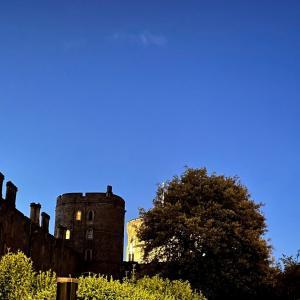 イギリス【旅行】 ウィンザー城 ウィンザーの夜の街をブラブラ