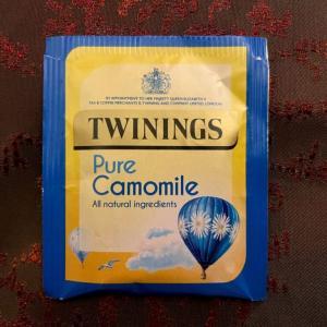 イギリス【王室御用達】 トワイニング ハーブティー カモミール TWININGS Pure Camomile