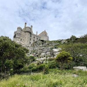 イギリス【旅行/ナショナルトラスト】 セントマイケルズマウント3 島へ到着~城の庭 St Michael's Mount Castle Gardens