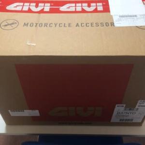 GIVIのリアボックスをついに買ってしまった件。