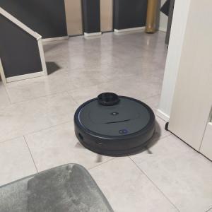 プラススタイルのロボット掃除機で自由な時間が増える♪