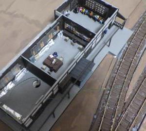 駅舎電飾化作業と駅舎周囲の地面下地製作
