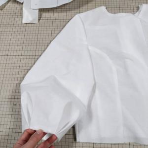 ふんわり袖の軽めジャケット作ります