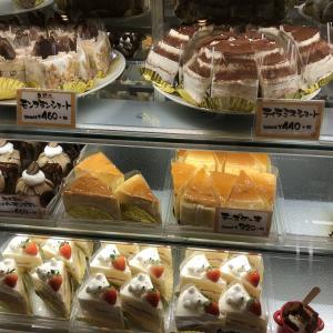 「じいちゃん」とケーキ