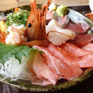 友福丸とは石巻市の島料理の店(ともふくまる)で豪華海鮮料理・七福丼が人気の店です