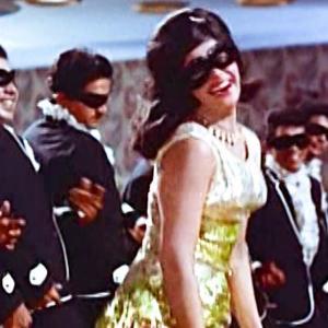 【ヒンディー語歌詞】Jaan Pehechan Ho जान पहचान हो|インド映画 Gumnaam (1965)