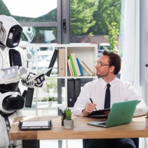 【中間管理職】AIで不要に?