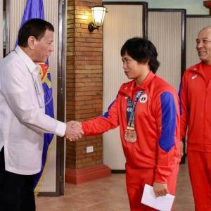 報酬は1億円超えか・・日本人が知らないフィリピン金メダルの価値とは・・