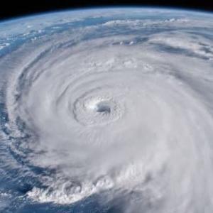 台風16号が接近してます。お家の注意点など