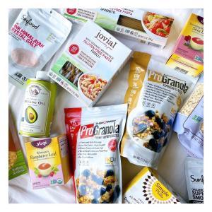 【iHerb】食品セール購入品!タンパク質がたっぷりとれるグラノーラや栄養たっぷりのスーパーフードスムージーなど