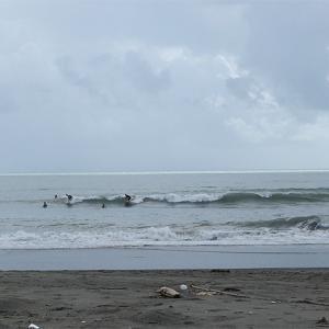 2020/09/08 静波海岸 サイズダウンで混雑