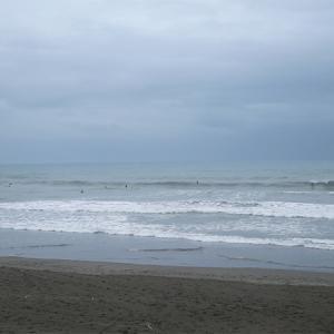 2021/08/15 鹿島ビーチ(牧之原市) 風やんで