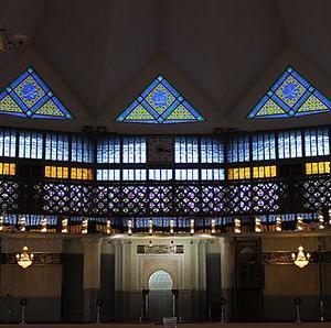 KLで「KRIM GAMAT(ナマコクリーム)」を買いたいなら国立モスクへ行こう