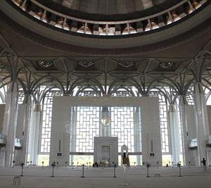 プトラジャヤのかっこいい鉄のモスク「Tuanku Mizan Zainal Abidin Mosque」