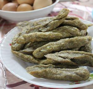 マレー半島東海岸で海を見ながら食べたい!もちっとした魚のおやつKeropok Lekor(クロポッ レコー)