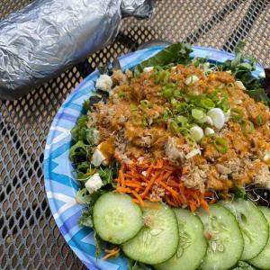 【スリーピング ジャイアントグリル】魚が美味しいブリトーにサラダ【カウアイ島】