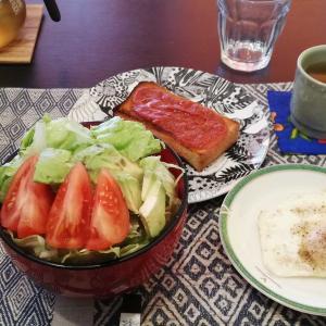 最近の朝食は、、、