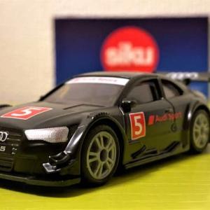 siku Audi RS5 Racing