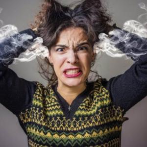 我慢のしすぎは運気を低迷させる!怒りのエネルギーを開放すると浄化する!