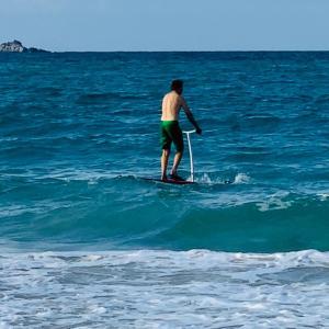 カイルアビーチで足漕ぎSUP