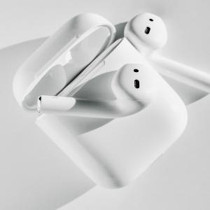 [AirPodsPro]デザイン・音質・ノイズキャンセリング・ペアリングよしの優等生なイヤホン