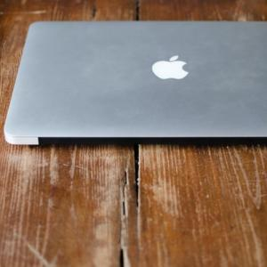 [MacBookAir13inch256GB]学生が初めてパソコン購入!購入検討者に参考になる記事