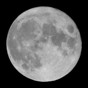 8年ぶりの満月の中秋の名月を本気で撮って見ました