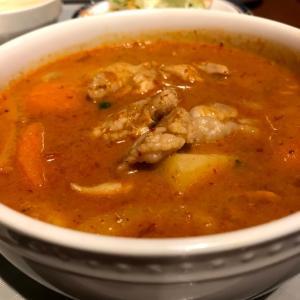 世界で一番美味しい料理!?「マッサマンカレー」とは?英語で何と?