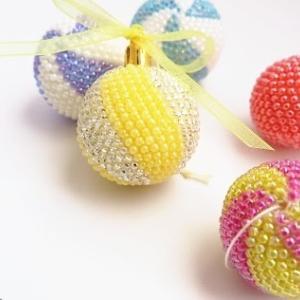 初めてビーズボールを編んだ感想:減らし目は糸を引きすぎず優しく...