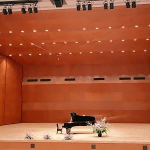ピアノリレーコンサート(高槻現代劇場)♪