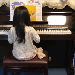 ピアノがやって来た♪♪