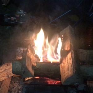 オッサン二人でチロリン村 -焚き火は最良のコロナ対策?-