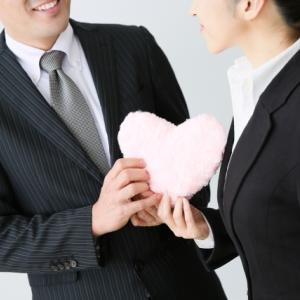 ビジネスに恋愛は必要?それとも不必要?