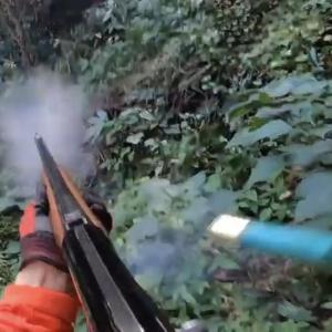 住宅街にクマ 住民・自衛隊員襲われけが 猟友会が駆除