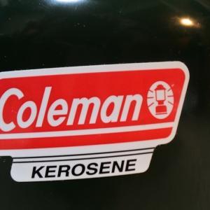 コールマンの加圧式ケロシンランタン639Cに圧力計とかスーパーポンピングとかケースとか。ジェネレーターの予備も。