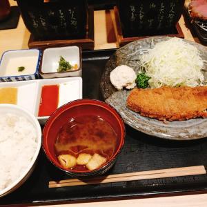 【牛かつもと村】と【牛カツ京都勝牛】食べ比べしてみました。