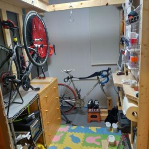  ω・´) みんちょび、自転車部屋をいじる!②