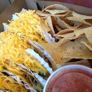 ロサンゼルスのおすすめメキシカンレストラン「Tito's Tacos」
